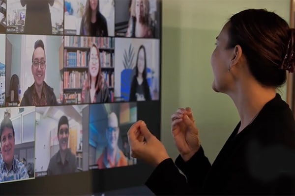 PsyD professor teaches her online class