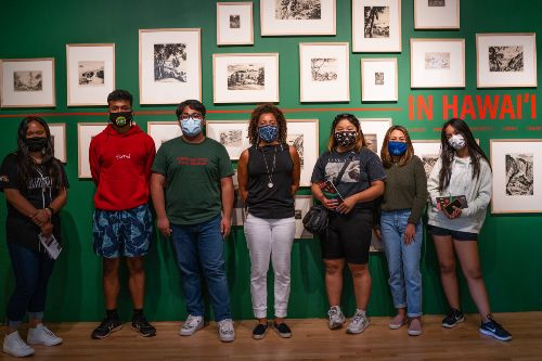 high school students at the museum of art during a field trip for the english summer institute